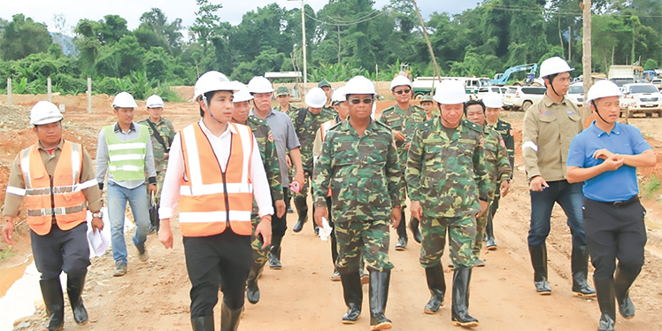 Director General of GSD inspects construction project at Regiment 621
